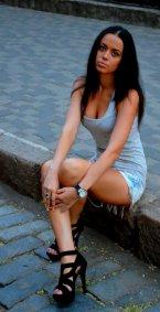 девушка лариса из города Луганск