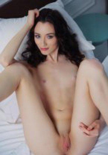 http://img.sex-ukraine.net/370x550/11742010001.jpg