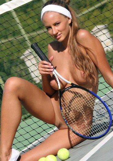 Порно фото теннисистки